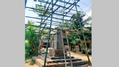 চাঁদপুরে নির্মিত হচ্ছে ৩৮ ফুট উচু আল্লাহর ৯৯ নাম সম্বলিত স্তম্ভ